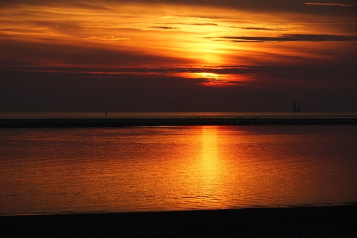 sunset-borkum-3320529_1920